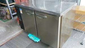 ホシザキ台下冷蔵庫